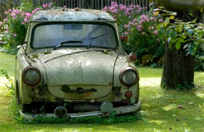 redneck-junk-car