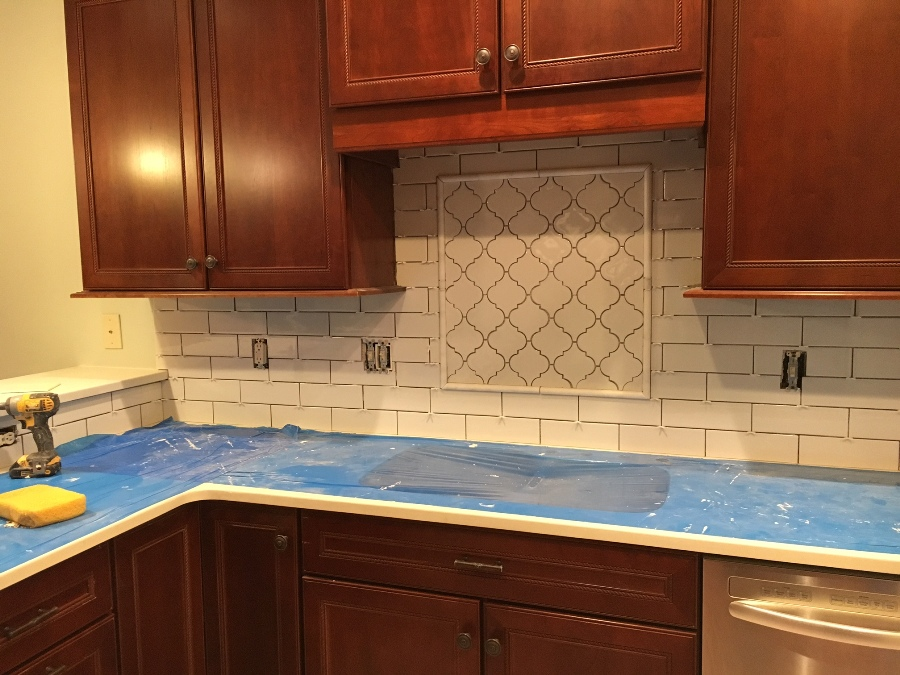 8-backsplash-installed